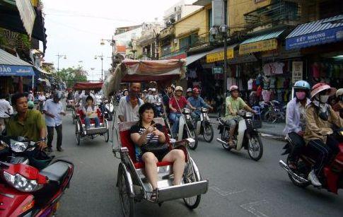 ภาษาเป็นอุปสรรคต่อการท่องเที่ยวเวียดนาม